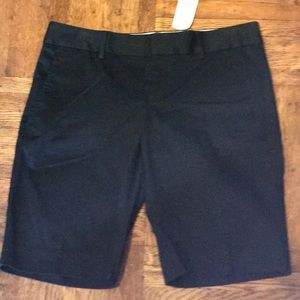 NWT Banana Republic Black Bermuda Chino